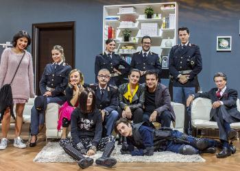 Fatti Unici: la nuova sit-com comica di Rai 2 con la regia di Lello Arena