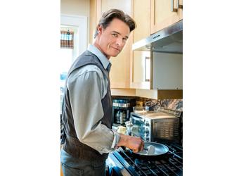 serie-tv-omicidi-e-cucina-gourmet-detective-2