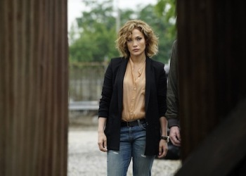 Shades of Blue: su Canale 5 la serie tv con Jennifer Lopez