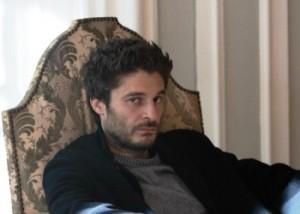 La Porta Rossa 2: la serie tv con Lino Guanciale prossimamente su Rai 2