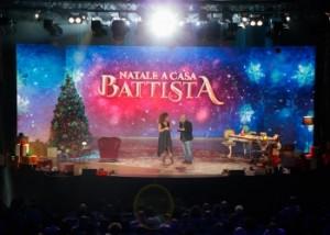 Natale a casa Battista: appuntamento su Rai 2 con la grande comicità